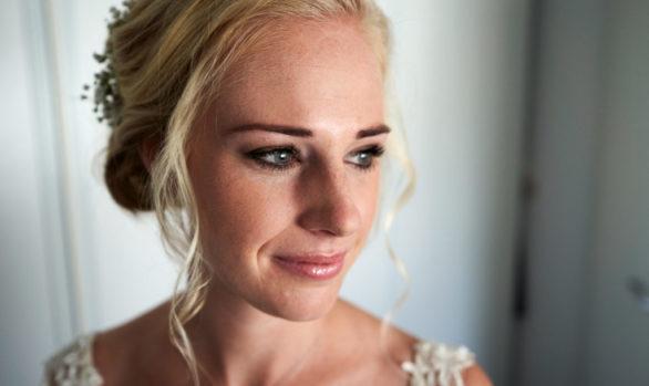 Visagie en haarstyling bruid Tessa